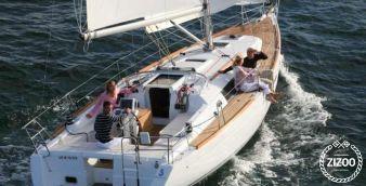 Sailboat Beneteau Oceanis 37 2007