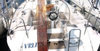 Sailboat Elan 36 2002