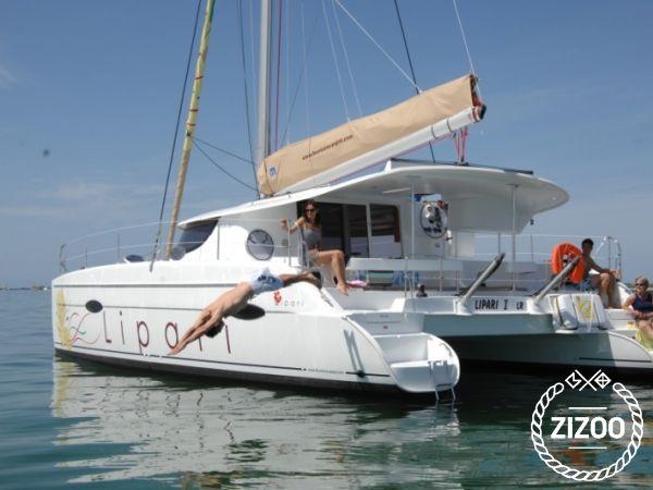 Catamaran Fountaine Pajot Lipari 41 (2011)-1