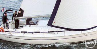 Sailboat Bavaria Cruiser 36 2004