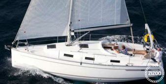 Sailboat Bavaria Cruiser 32 2010