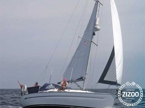 Bavaria 32 2004 Sailboat