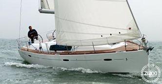 Sailboat Beneteau Oceanis 43 2009