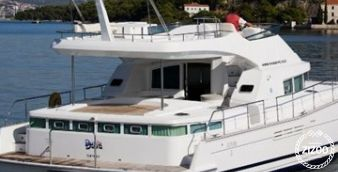 Motor Catamaran Lagoon Power 44 2006