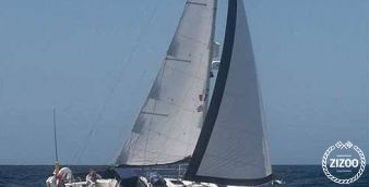 Sailboat Bavaria Cruiser 32 2012