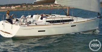 Sailboat Jeanneau Sun Odyssey 379 2012