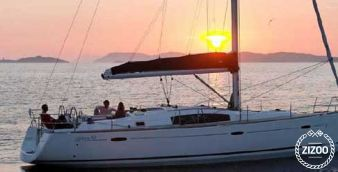 Sailboat Beneteau Oceanis 43 2011