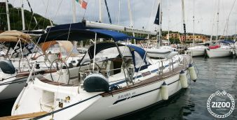 Sailboat Bavaria 44 2004
