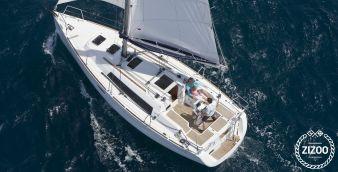 Sailboat Beneteau Oceanis 31 2012