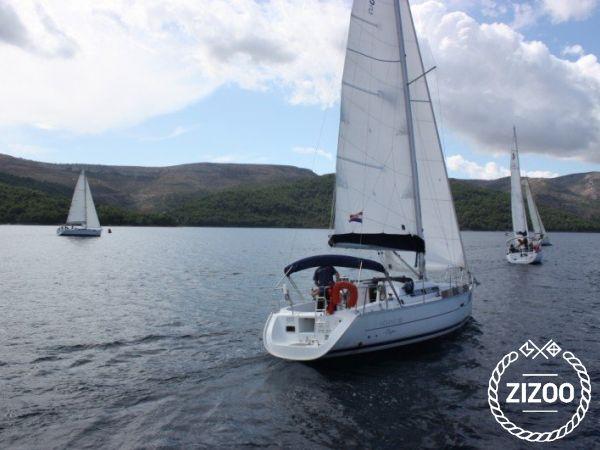 Sailboat Beneteau Oceanis 323 - 2006 (refit 2016)-4
