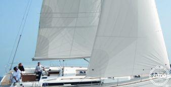 Sailboat Dufour 450 Grand Large 2015