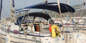 Sailboat Bavaria Cruiser 39 2005