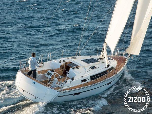 Bavaria 37 cruiser 2015 Sailboat