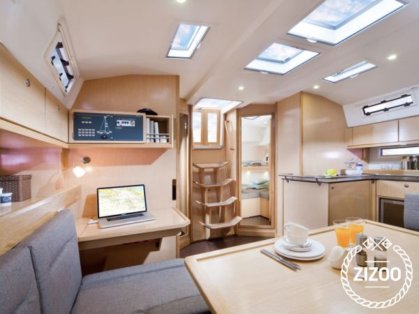 Bavaria 45 Cruiser 2014 Sailboat