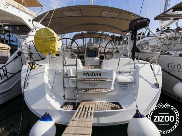 Jeanneau 53 2013 Sailboat