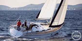 Sailboat Bavaria Cruiser 35 2009
