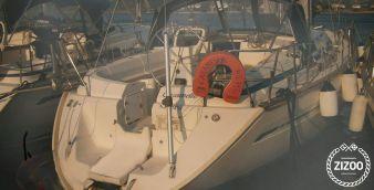 Sailboat Bavaria 42 2000