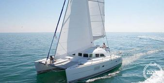 Catamaran Lagoon 380 S2 2015
