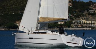 Sailboat Dufour 350 2016