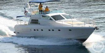 Motor boat Ferretti 52 1987