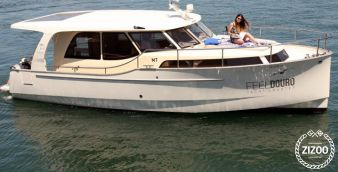 Speedboat Greenline 33 2013