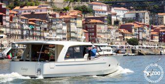 Motor boat Greenline 40 2012