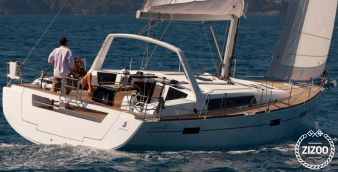Sailboat Beneteau Oceanis 45 2016