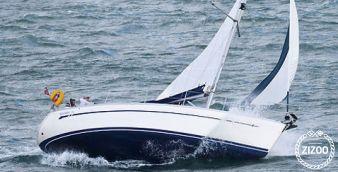 Sailboat Bavaria 32 2004