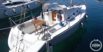 Sailboat Beneteau First 31.7 2007