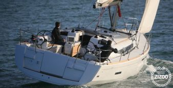 Sailboat Jeanneau Sun Odyssey 439 Performance 2013