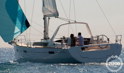 Sailboat Beneteau Oceanis 45 (2015)