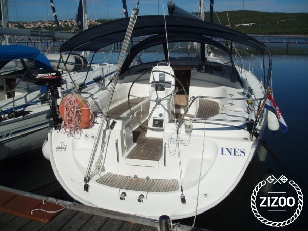 Sailboat Bavaria Cruiser 39 (2005)-1