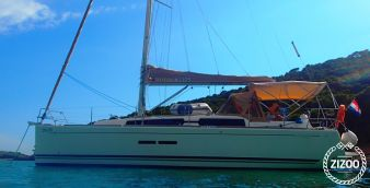 Sailboat Dufour 375 Grand Large 2013