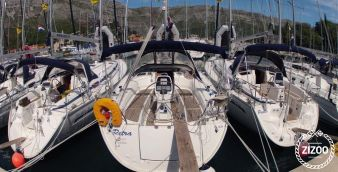 Sailboat Bavaria Cruiser 38 (2009)