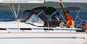 Sailboat Bavaria Cruiser 36 2005