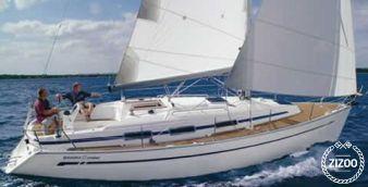 Sailboat Bavaria 32 2005