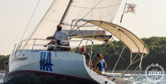Sailboat b 30 2014