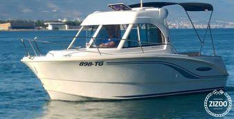 Barca a motore Beneteau Antares 650 2010
