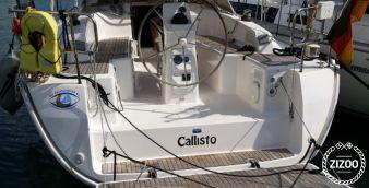 Sailboat Bavaria Cruiser 33 2013
