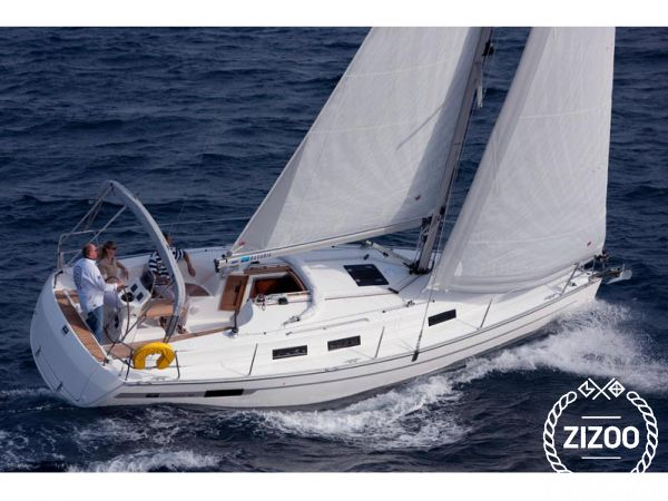 Bavaria Cruiser Cruiser 32 2012 Sailboat