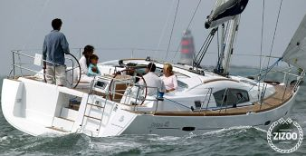 Sailboat Beneteau Oceanis 40 2010