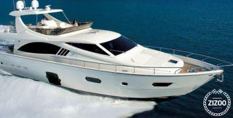 Motor boat Ferretti 680 2010