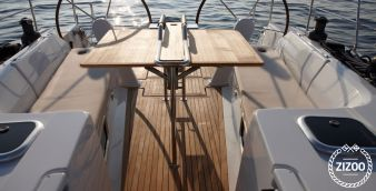 Sailboat Hanse 445 2013