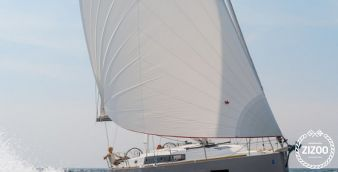 Sailboat Beneteau Oceanis 38 2014