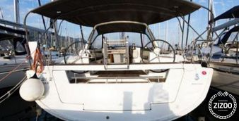 Sailboat Beneteau Oceanis 45 2014