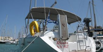 Sailboat Beneteau Oceanis 36 2004