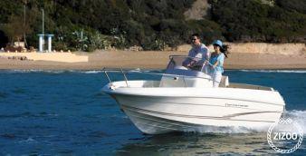 Motor boat Cap Camarat 5.1 2017
