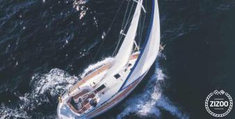 Sailboat Bavaria 36 2002