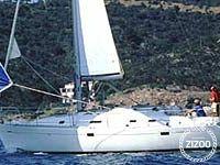 Sailboat Beneteau Oceanis 381 2017