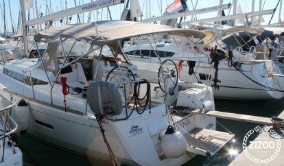 Sailboat Jeanneau Sun Odyssey 409 (2015)